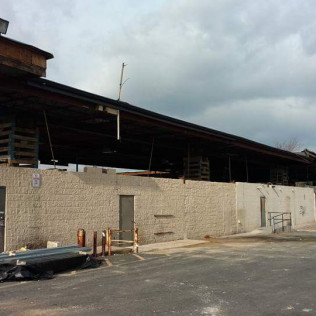 Roof raise in progress - new Grocery store outside shot - Sayreville, NJ